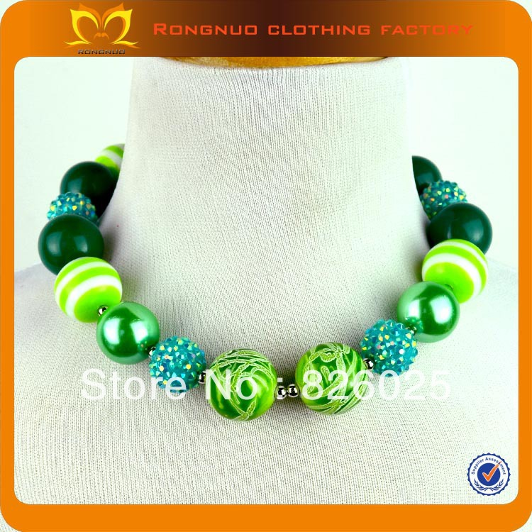 24pcs/lot Free shipping 45-50cm a circle happy baby jewelry baby chunky beaded necklace for St.Patrick's day gift(China (Mainland))