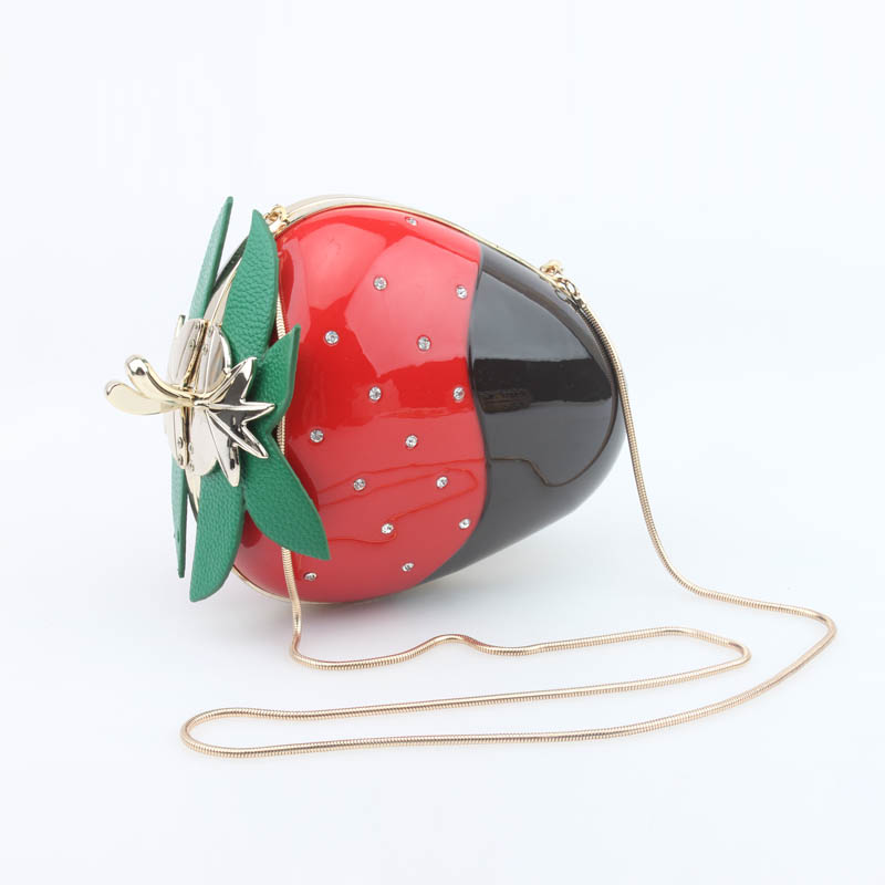 2016 spring and summer new personalized mini strawberry fruit chain acrylic evening bag hand shoulder Messenger party prom bag(China (Mainland))