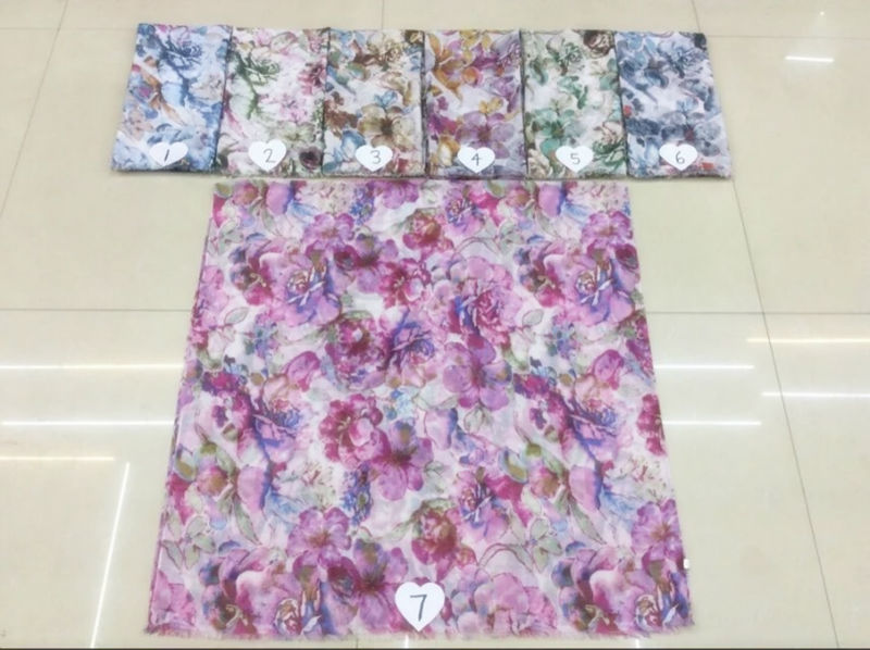 the new hot sell,TR cotton gorgeous flower wind fashion printed scarf comfortable Ms Muslim headscarves Independent packing(China (Mainland))