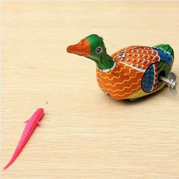 Dalhart Retro Vintage Clockwork Metal Floating Duck Goose Wind Up Tin Toys(China (Mainland))