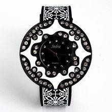 Big dial Casual Watch Women Dress rhinestone Watch Quartz Silicone watches black Wristwatch Sports watch