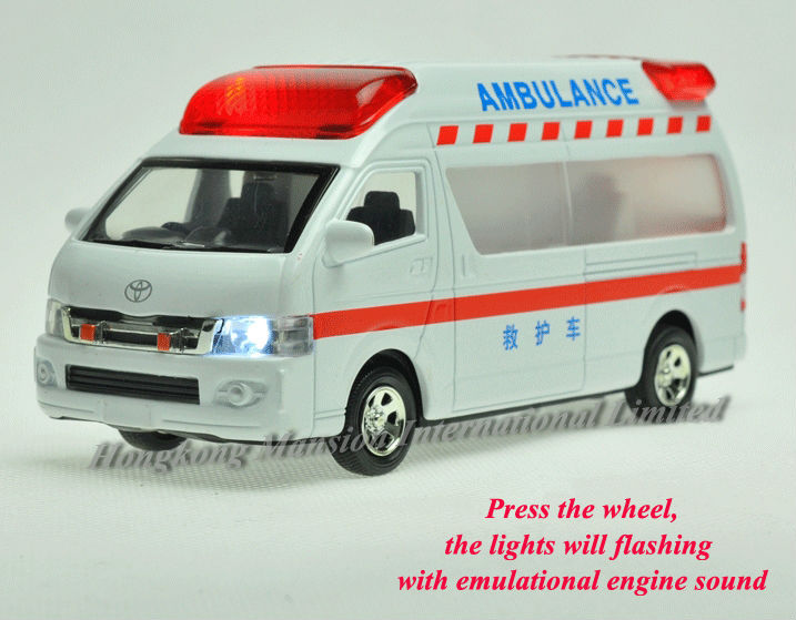 1:32 Scale Metal Diecast Alloy Ambulance Car Model For TOYOTA Himedic (Hiace) Collection Model Pull Back Toys Car Sound&Light(China (Mainland))