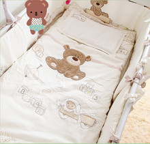 White 100% cotton Embroidery bear baby bedding set quilt pillow bumper bed sheet 9 pieces crib bedding set(China (Mainland))