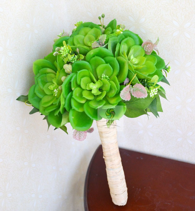Bride Bridesmaid holding bouquet Artificial Succulent flower simulation outdoor photography props creative wedding gift bouquets(China (Mainland))