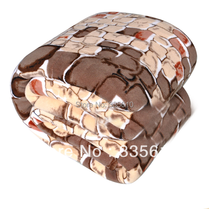http://g03.a.alicdn.com/kf/HTB1dHEAHVXXXXaUXFXXq6xXFXXXf/Coral-fleece-blanket-spring-and-autumn-of-air-conditioning-blanket-thickening-blanket-super-soft-font-b.jpg