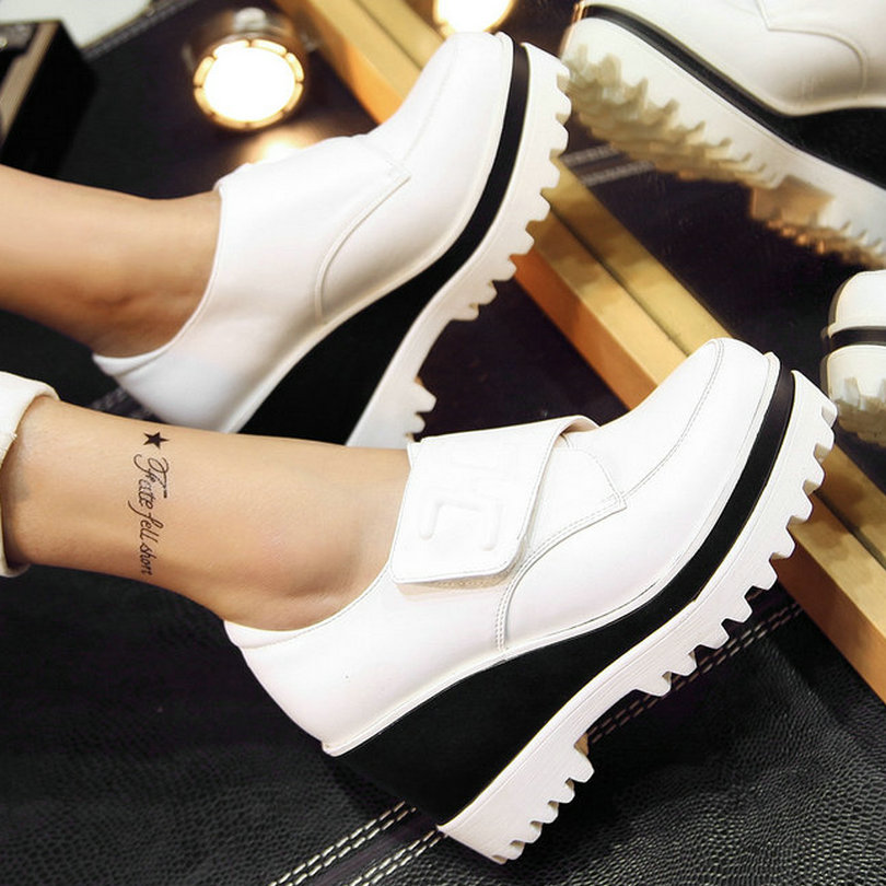 Size 34-39 Spring Wedges High Heel Women Pumps Lady Round Toe Casual Platform Shoes Women Height Increasing Real Leather Pumps(China (Mainland))