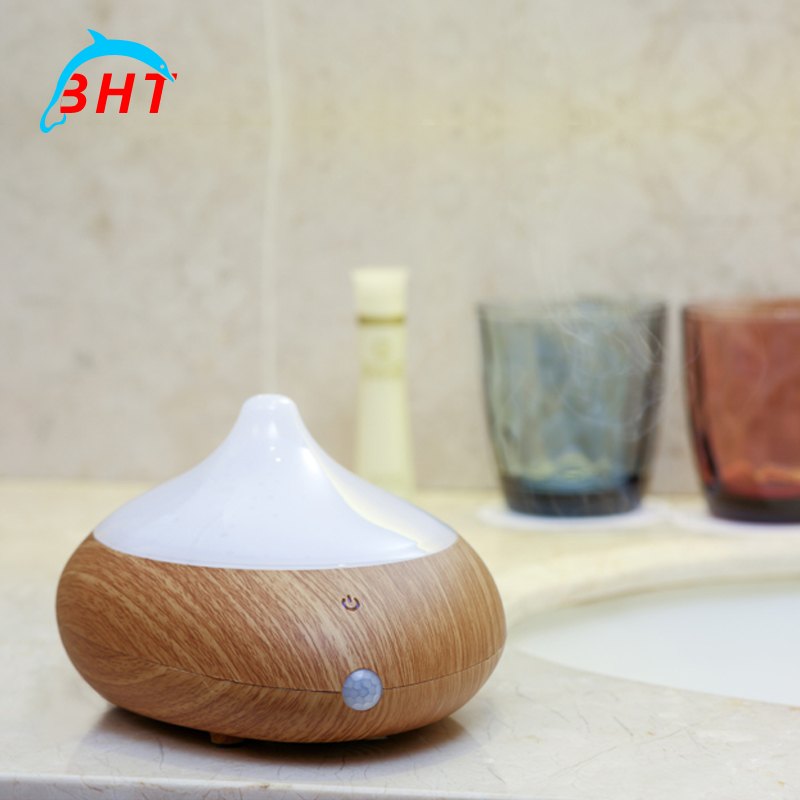 Free Shipping Water Air Humidifier USB Aromatherapy Diffuser With LED Light Mini Portable Aroma Diffuser For Home Office Car Use(China (Mainland))