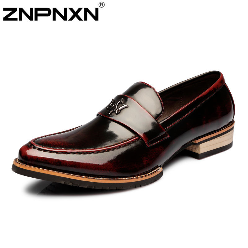 Fashion Flats Men Formal Patent Genuine Leather Oxfords Shoes For Men Flats Moccasin Men Dress Shoes Leather Sapato Masculino