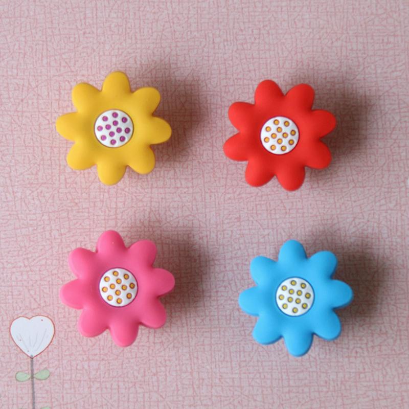 Soft gum Dresser Drawer Knobs Pulls Handles Colorful sunflower Kids Children Bedroom Knobs / Cabinet Handle Pull Knob(China (Mainland))