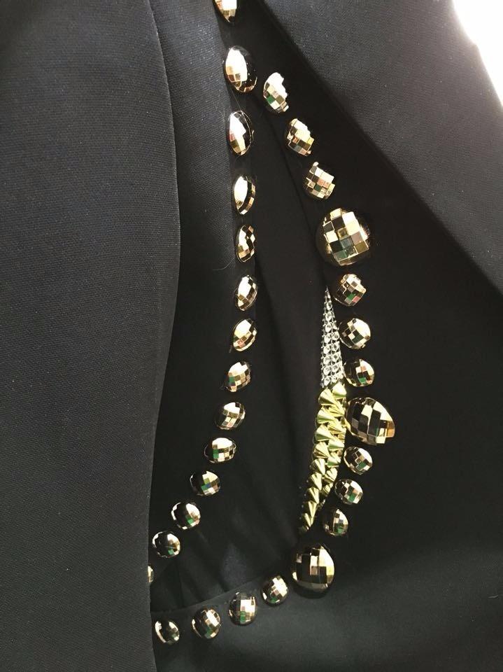 HTB1dVmELpXXXXaPXXXXq6xXFXXXN - Fashion Black Men's Slim Casual Suits Set Male Rhinestone Rivets Stage Performance Blazers Nightclub Singer Jazz Prom Costumes