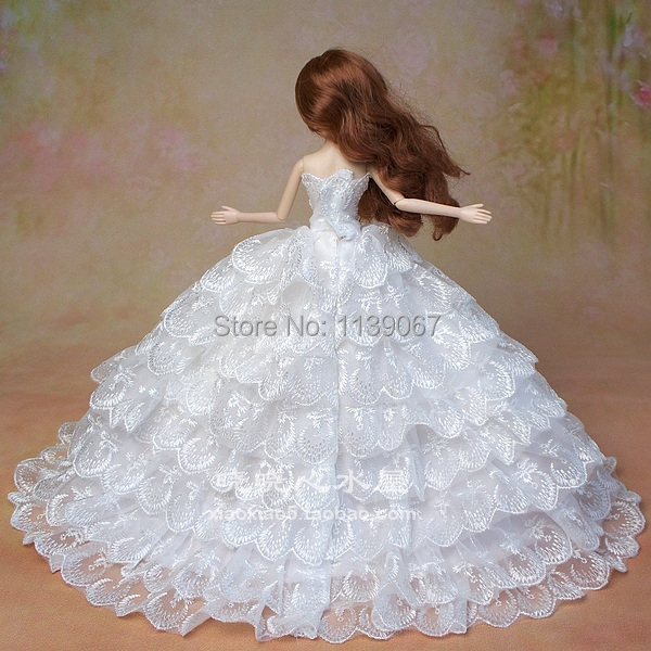 Costume + Veil + Bouquet / Luxurious Lace White Bride Marriage ceremony Occasion Robe Style Outfit Garments Equipment For Kurhn Barbie Doll