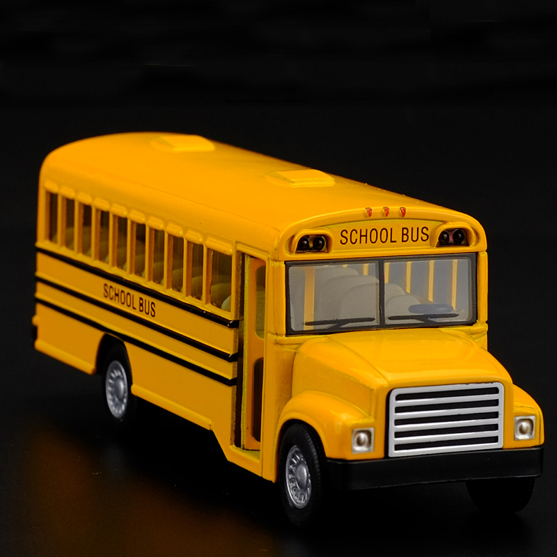 Brand New 1:32 American school bus Alloy model toys Leap to jump Children like the gift Free Shipping(China (Mainland))