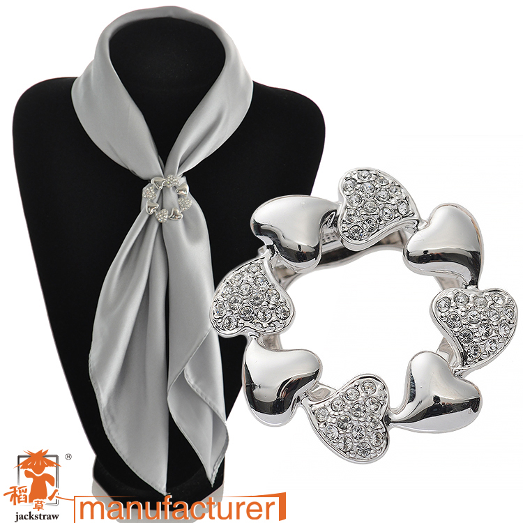 Korean new fashion vesion of heart handmade cheap rhinestone silver brooches and scarf buckle dual for wedding dresses(China (Mainland))
