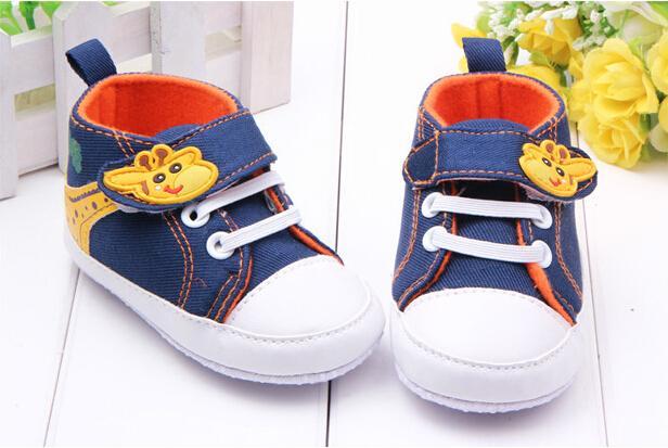 2016 New Baby Boy Shoes Newborn Bebe Cartoon Giraffe Pattern Cute Patchwork Shoes Infants Anti Slip Shoes First Walkers(China (Mainland))