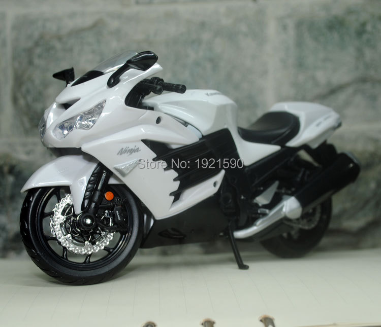 (5pcs/pack) Wholesale MAISTO 1/12 Scale Motorcycel Model Japan Kawasaki Ninja ZX-14R Diecast Metal Motorbike Toy New In Box(China (Mainland))