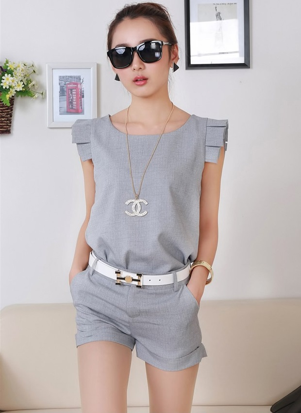 2015 New women suit clothing set small fragrant short-sleeved t-shirt&shorts 2 pieces lady summer OL formal set with belt 81E 27(China (Mainland))