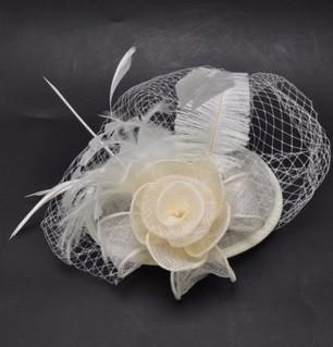 Свадебные Шляпы Свадебные Шляпы vintage Белый Дамы Свадебные Шляпы Fascinators Перо Луки Головной Убор/Вечерние Шляпа LM278