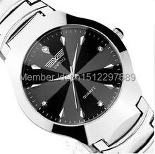 Nuevo 2015 marca de lujo relojes hombres moda pulsera de negocios informales mujeres se visten rhinestone reloj para mujer reloj reloj digital