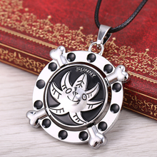 2015 new anime One Piece Thousand Sunny Necklace & Pendant  Modern Rotatable  Alloy charm necklaces Rope  Chain Men's Jewelry