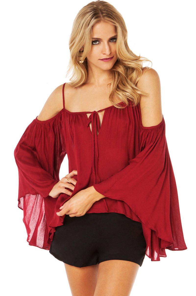 Красные блузки