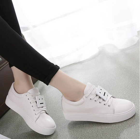 Smile Decoration Skateboarding Shoes Solid Leisure Shoes For Woman Genuine Leather Waterproof Antislip Shoe New Supras Shoes(China (Mainland))