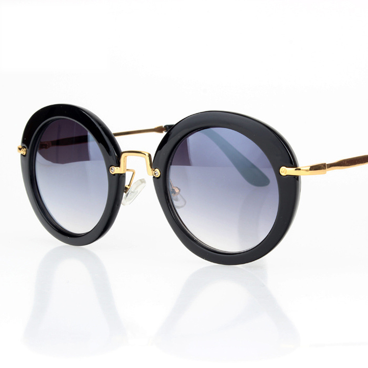 Round Vintage Style Glasses