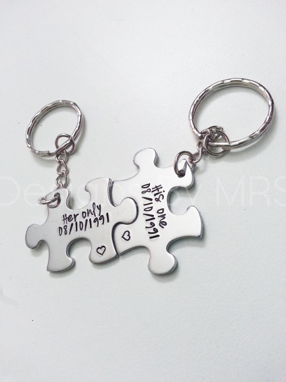 Custom Personalized -Any Letter Name Or Date Couple Keychain / Family Tree Name Key Chains, Anniversary Puzzle Piece Keychains,(China (Mainland))