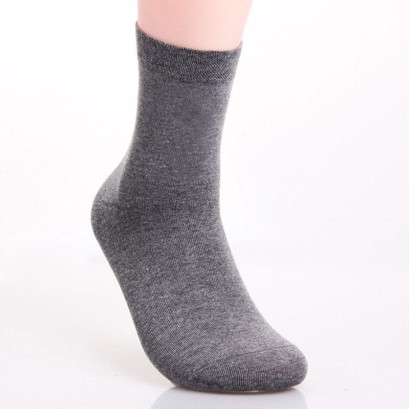 1Pair New Brand Long White Man Running Socks High Pure Color Warm Men's Running Socks Designer Sport Socks Male Basketball Hot(China (Mainland))