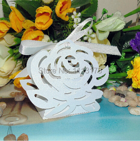 Flower candy box- Laser cut box. Wedding Favor Boxes Baby Shower Party Bag,color personalized(China (Mainland))
