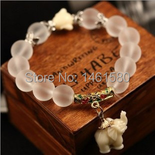 Free shipping 2015 fashion brand frosted crystal women bracelet Lovely baby elephant design new products quality assurance(China (Mainland))