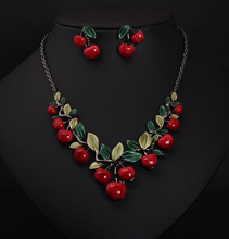 2016 Vintage Red Cherry Pattern Necklace Earrings Jewelry Set New Fashion Statement Jewelry for Party Set Cute Gift(China (Mainland))