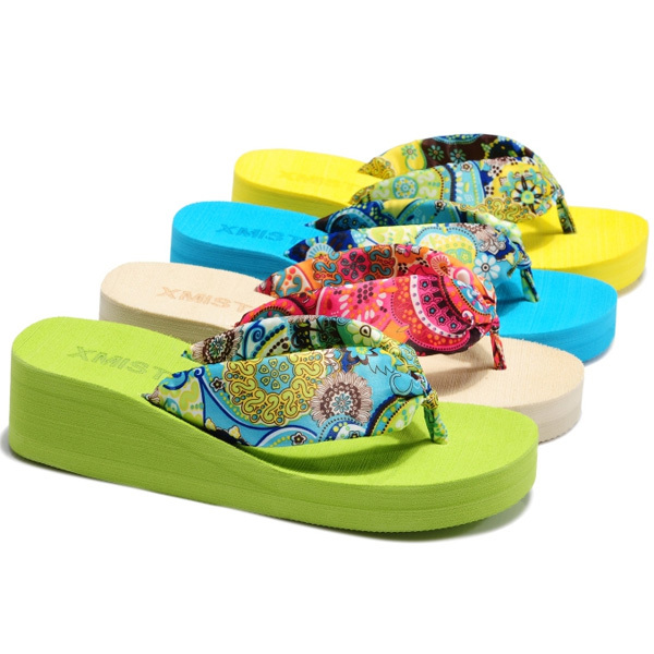 Free shipping sandals summer sandals wedge sandals flat shoes soled sandals muffin drag the folder(China (Mainland))