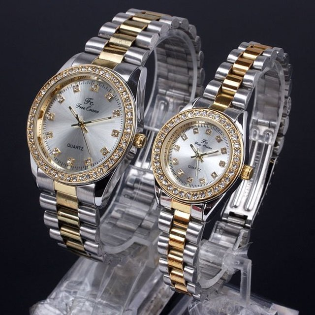Bulk 4pr for Retailer Silver Face Crystal Surround Men Women Quartz Couple Watches Love 2-tone Band NT7206