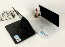 Russia Only!EMS Free Slim Ultrabook Laptop Computer With Russian Keyboard Intel Atom Dual Core CPU 1.86GHz 320GB HDD 2GB RAM