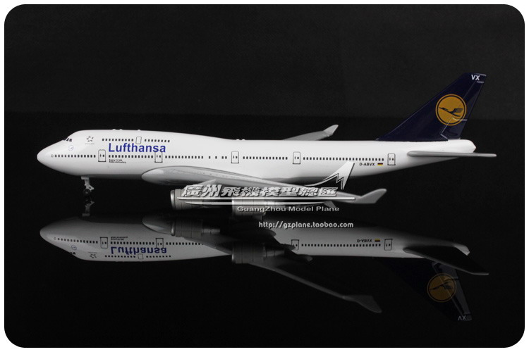 17.5cm Metal Airplane Model Gremany Air Lufthansa Airlines B747 400 D-ABVX Boeing 747 Airways Plane Model Aircraft Toy Gift(China (Mainland))