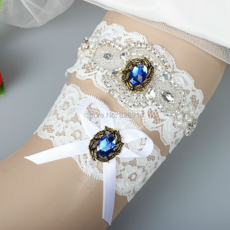 2016 New Design Rhinestones Lace Wedding Garter Bridal Garter Sets Handmade With Blue Carbons Luxury Style Free SHippingОдежда и ак�е��уары<br><br><br>Aliexpress