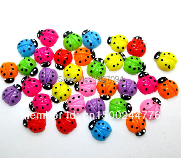 100pcs Lovely Polka Dot Ladybug Resin Craft Cabochons Flatback Embellishment Fit Phone Embellishment 16mm(China (Mainland))
