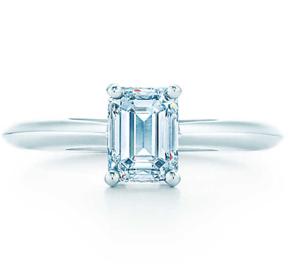 Pure White Gold 18K Ring 1CT Emerald Cut White Clear Synthetic Diamond Engagement Ring Stamp G18K All Life Time Quality Gurantee(China (Mainland))