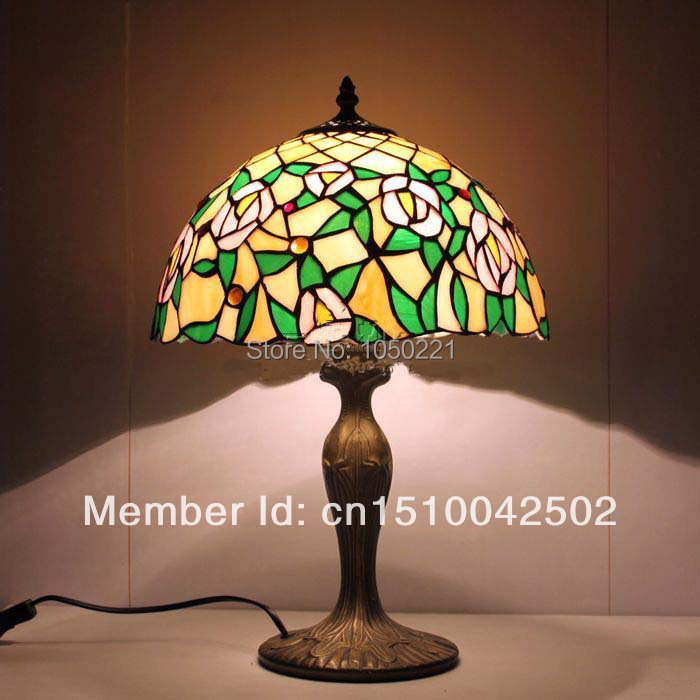Mediterranean Mini Tiffanyed Table Light Handmade Stained Glass Lamp Home Deco Light for Table Knob Switch Tiffanyed Table Light(China (Mainland))