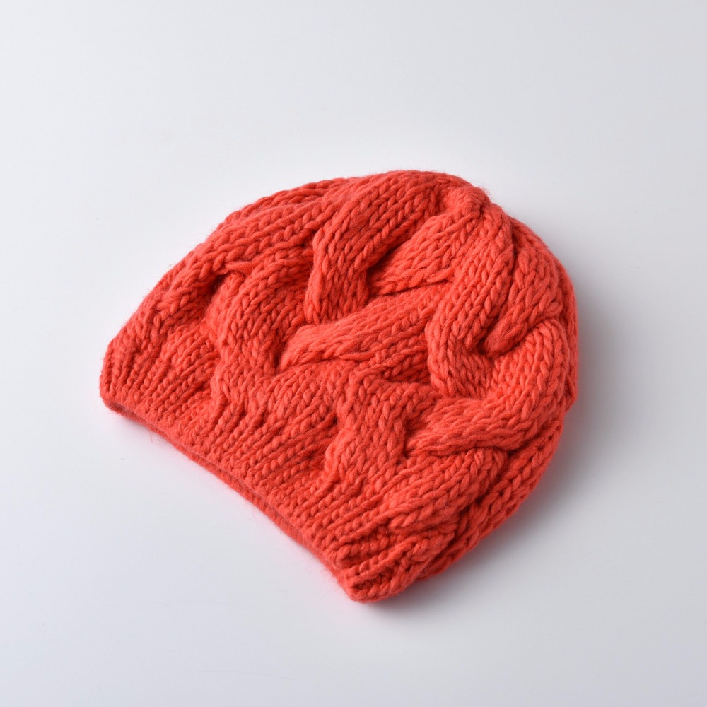 KBBYTLY0100730011-heartful-twist-winter-hat-beanie
