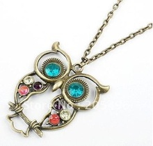 Vintage Colorful Cute Owl Carved Hollow Chain Pendant Necklace Fashion costume jewelry wholesale + Free Shipping(China (Mainland))