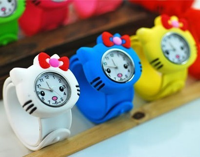 2015 New Boys and Girls Beautiful Cute MC Colorful Children Lovely Watch Indicate Time Quartz Dial Silicone Band
