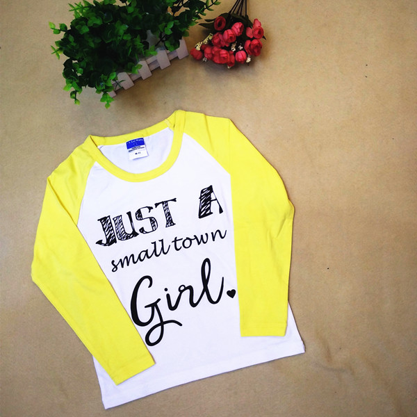 Kid Girl T Shirt 2016 New Baby Toddler Cotton Lycra Baseball T-Shirts Cute Letter Print Just A SMALL TOWN GIRL Blouse Clothes(China (Mainland))