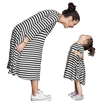 2016 New Styles Autumn Family Matching Outfits Mother And Daughter Casual Fall Full sleeve black and white Striped Dress
