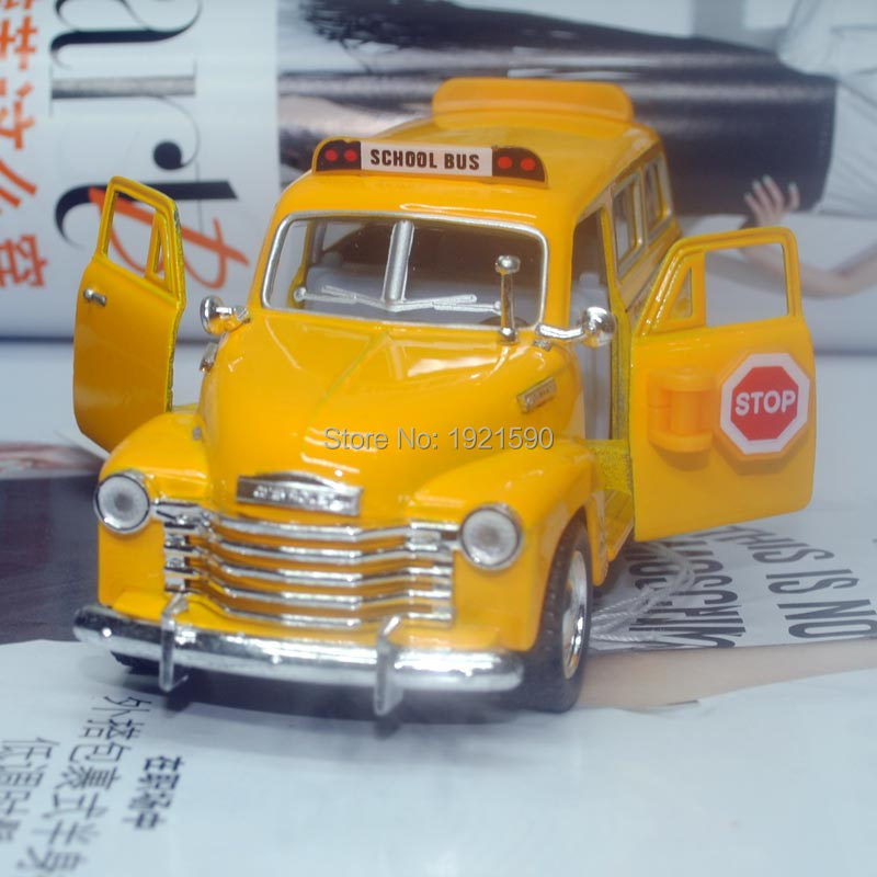Brand New KINGSMART 1/36 Scale USA Chevrolet School Bus Diecast Metal Pull Back Car Model Toy For Gift/Collection/Children(China (Mainland))