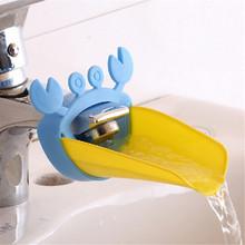 Cute Kids Bathroom Water Faucets Extender, Sink Faucet Crab Chute Extender, Children Kitchen Washing Hands(China (Mainland))