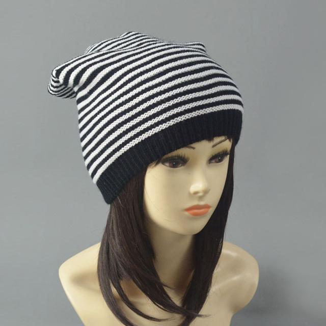 Новинка зимняя шапка черный белый полосатый колпачок шапки для женщин Skullies Z-1350