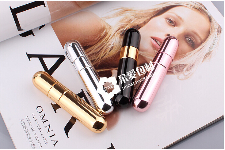 4pcs Brand New 100%Fashion Deluxe Travel Refillable Mini Atomiser Spray Perfume 10ml Bottle Free Shipping Convenient to carry(China (Mainland))
