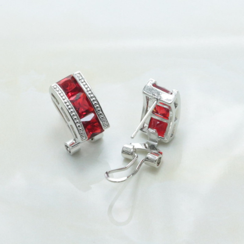 Ear Clip Type Earrings / Necklace / Ring Red Crystal Crystal Column Shape 925 Mark Silver Plated Women Jewelry Set-S198
