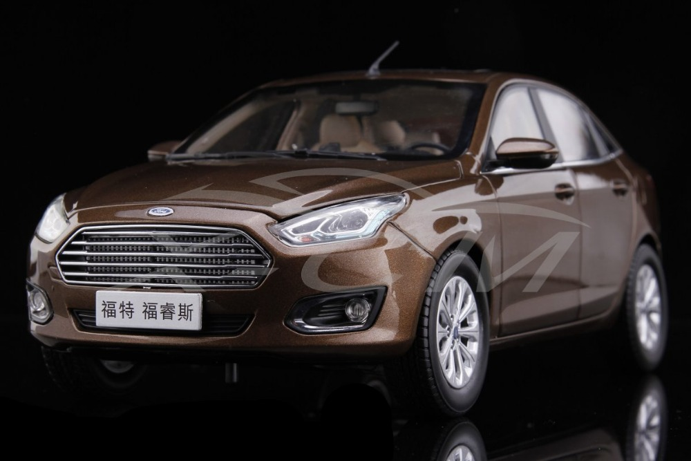 Diecast Car Model Ford Escort 1:18 (Brown) + SMALL GIFT!!!!!!!!!(China (Mainland))